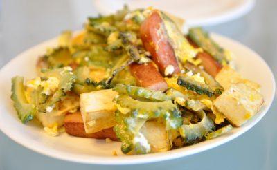 Goya Champuru Okinowa plat cuisine