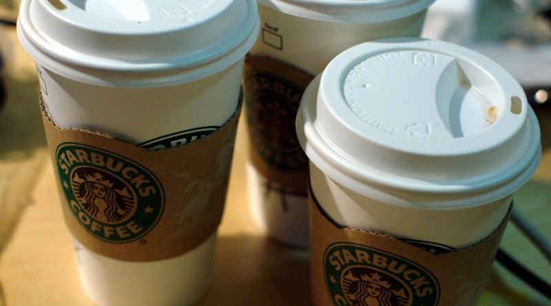 Boissons aromatisees Starbuck cafe chaud sucre teneur